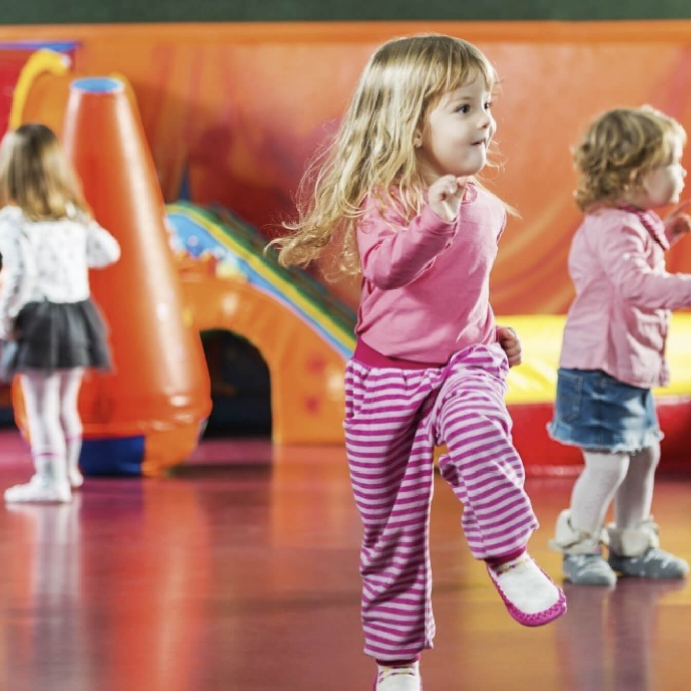 The Pocket Early Education and Care - Music Beat - Toddler Dancing